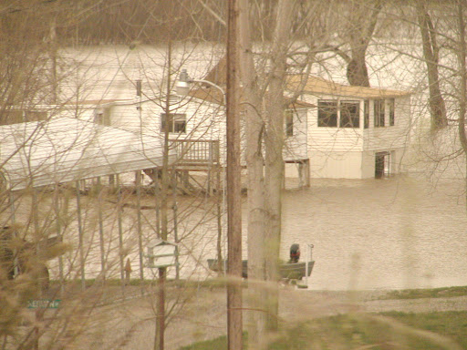 flood waters on the Mississippi. From The Zen of Traveling Retired: The Karma of Traveling With Family