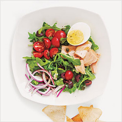 Tuna, Arugula, and Egg Salad with Pita Chips