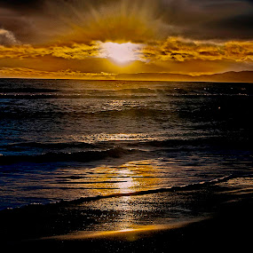 The sun will set by Jamie Valladao - Landscapes Sunsets & Sunrises ( clouds, sunset, ocean, beach,  )