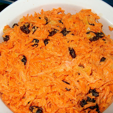 Golden Corral's Carrot and Raisin Salad