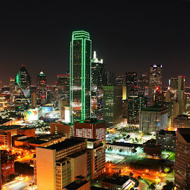 Big D by Fred Regalado - Buildings & Architecture Office Buildings & Hotels ( Urban, City, Lifestyle,  )