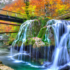 La Cascada Bigar...data viitoare aduc si o barcuta cu mine... by Lux Aeterna - Landscapes Waterscapes (  )