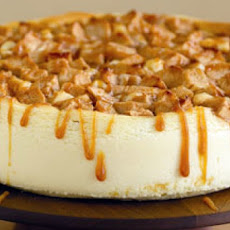 Apple Crisp Cheesecake