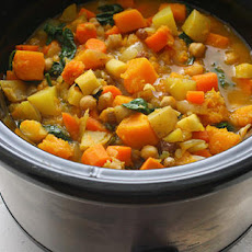 Slow Cooker Root Vegetable Stew