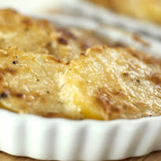 Golden Potato And Herb Bake
