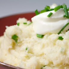 "Cauliflower Garlic Mashed ""Potatoes"""