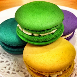 Macarons by Sinee Wattanasuk - Food & Drink Candy & Dessert ( sweet, colorful, macarons, bright, yummy, dessert )