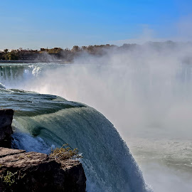 Niagara Falls by Ioannis Alexander - Landscapes Waterscapes ( water, canada, vapor, falls, niagara, usa,  )