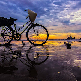 Good morning!!! by Amateur Pic - Transportation Bicycles ( bike, amatuerpic, sea, vietnam, beach, sunrise )