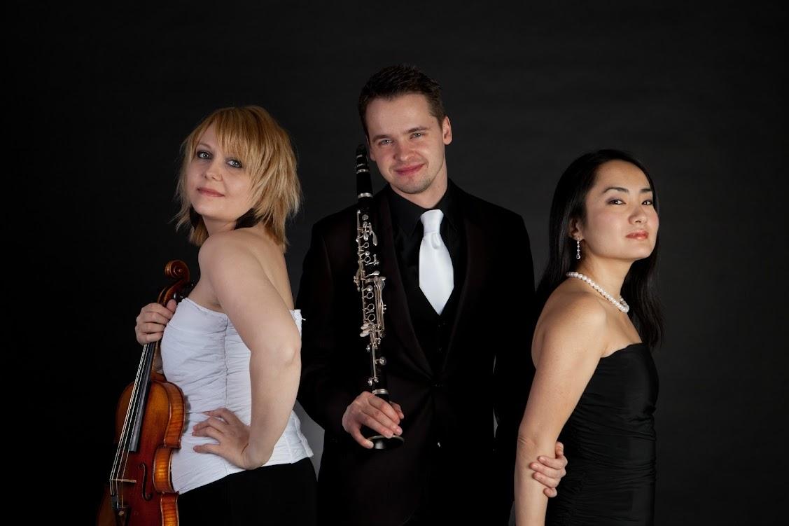 Concert Zodiac Trio