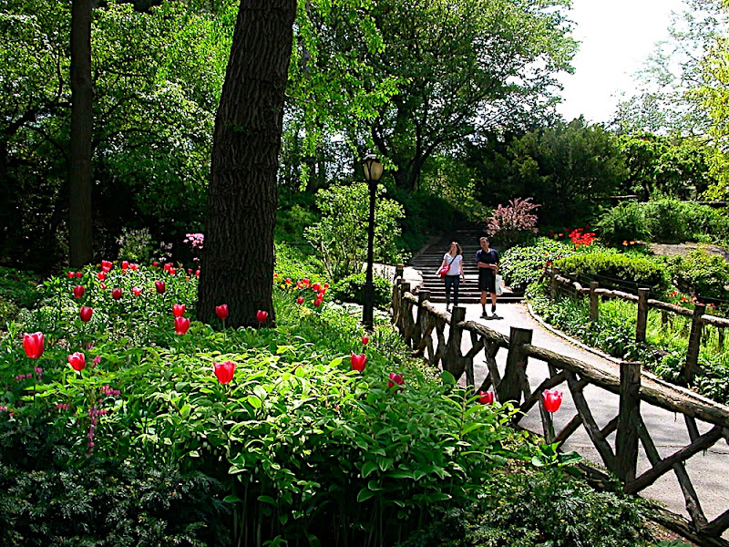 Central Park Today 39 S Office In The Shakespeare Garden