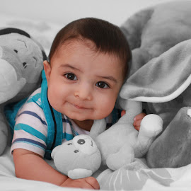 Toys love by Hassan Jalal - Babies & Children Babies ( baby portrait, cute baby, baby with toys, baby, baby boy )