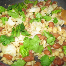 Pasta, Red Bean, and Parsley Toss