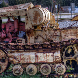 Cletrac by Calvin Morgan - Transportation Other ( farm, hdr, equiptment, rust, antique, nikon d7000, tractor )