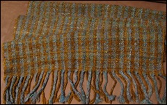 Small wool shawl 3006