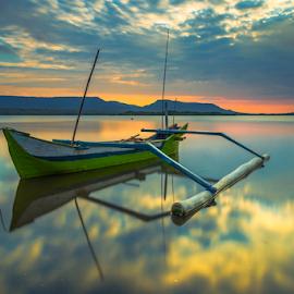 Gren Jukung by Gus Mang Ming - Transportation Boats ( jukung, jembrana, bali jukung, gilimanuk )