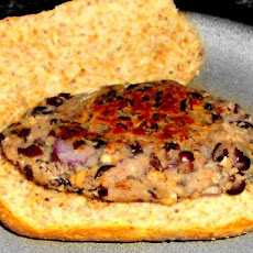 Healthy Low-Fat Black Bean Veggie Burgers