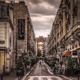 Side Street in Paris by Old Account - Buildings & Architecture Other Exteriors ( paris, hdr, darren hanks photography )