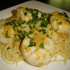 Pasta with Scallops and Lemon Butter Mustard Sauce