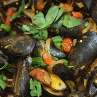 Mussels with Chorizo and Cherry Tomatoes