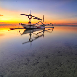 floating by I Made  Sukarnawan - Landscapes Beaches (  )