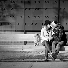 by Mixi Press - People Couples