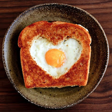 Egg in a Frame (Toad in a Hole)