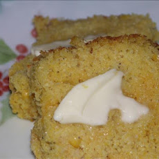 Cornbread With Corn and Cheese