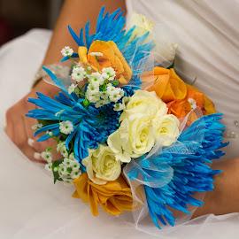 flowers  by Rebecca Koch - Wedding Details ( details, wedding, timeless, boquet, bride, flowers, flower, bouquet )