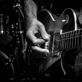 B&W guitar by Adrian Ioan Ciulea - People Musicians & Entertainers ( hand, music, song, band, black and white, guitarist, rock, musician, singer, guitar )
