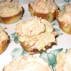 Goat's Cheese, Avocado & Smoked Salmon Cups
