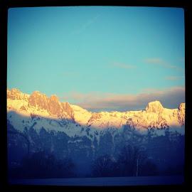 Es liegt der Schnee noch in der Höh , ! by Wechtitsch Bernhard - Nature Up Close Rock & Stone