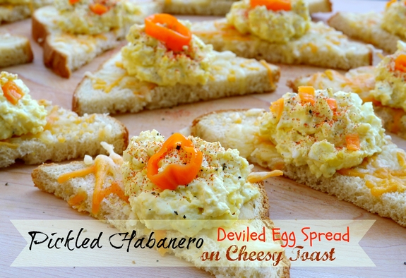 Pickled Habanero Deviled Egg Spread on Cheesy Toast Recept | Yummly