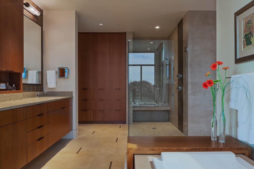 Clyde Hill - Master Bath