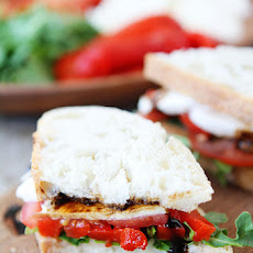 Roasted Red Pepper, Arugula, and Mozzarella Sandwich