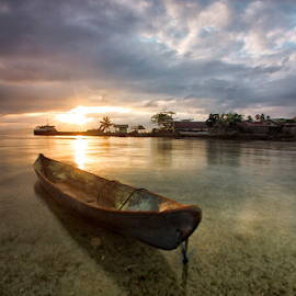 I'm Waiting by Haslam Format - Transportation Boats ( sunrise;tulehu;ambon;boats; )