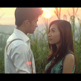 The Promise by Jerp Bremm Sangalang - People Couples ( love, jirupu, nature, grass, sunset, lovestory, couple, cinematic, sachzna, drama, portrait, asian )