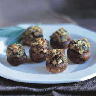 Cremini Mushrooms Stuffed with Spanish Ham