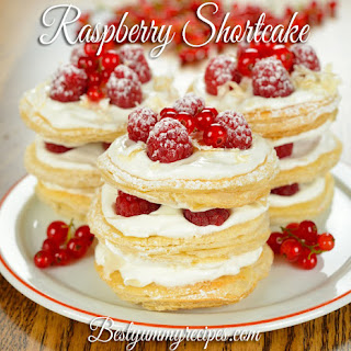 Raspberry Shortcake with Biscuits