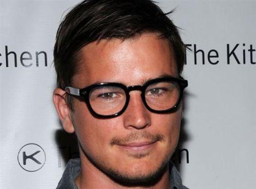 Nerd Glasses Poor Eyesight Has Never Been Sexier Blickers