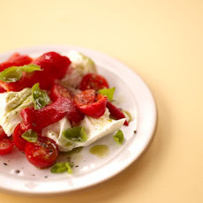 Caprese Salad With Grilled Peppers