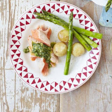 Easy Poached Salmon With Salsa Verde