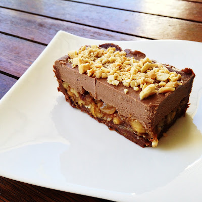 Raw Snickers Tart