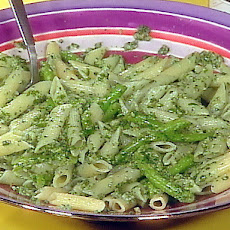 Penne with Arugula and Walnut Pesto