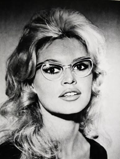 gafas de mujer fatal 3