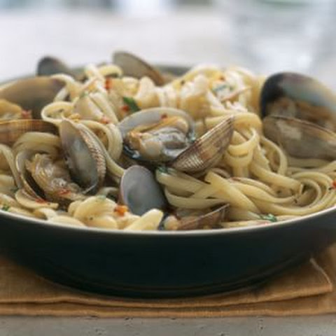 with manila clams linguine with clams and manila clam and sausage ...