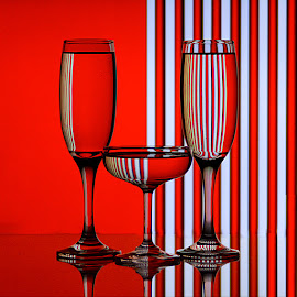 Composition Red & White #5 by Rakesh Syal - Artistic Objects Glass