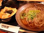 【渋谷ランチ】親子丼とそばのセット(地鶏や)