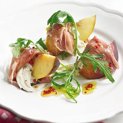 Prosciutto-wrapped Peaches