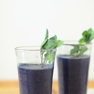 Blueberry, Almond & Ginger Smoothie